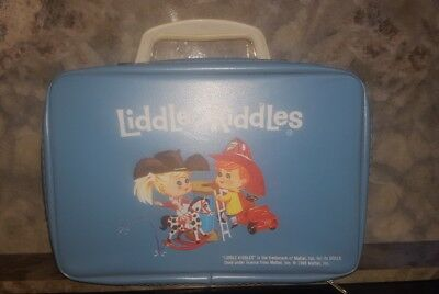 Liddle Kiddle Bunson Burnie & Calamity Jiddle Train Case!  Nice