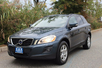 2010 Volvo XC60 3.2 AWD ,PANORAMA ROOF, LANE ASSIST,HEATED SEATS, LOW RESERVE,RUNS & LOOK GREAT ,DON'T MISS !!!