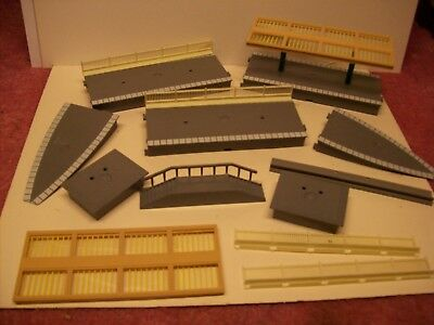 Hornby 00 Platform Sections Job Lot  R640,  R508,R466, R464 Steps Good no boxes