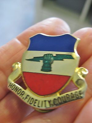 Vtg US Army Insignia Military Pin HONOR FIDELITY COURAGE N.S. Meyer NY 73rd Div