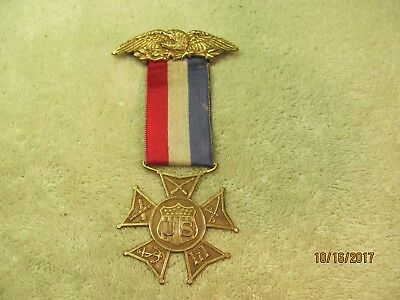 An Antique 1921 Us Military Navy Army Presented Lizzie M Towne Eagle Medal Pin
