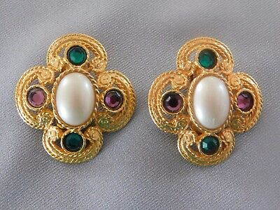 Vtg  Signed Ben-Amun Rhinestone Faux Pearl Clip Earrings