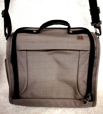 Victorinox His/Her's Gray Nylon Overnight/Weekender Travel Bag New Without Tags