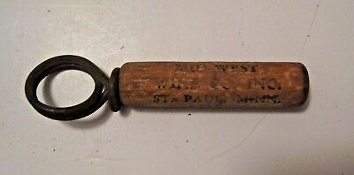 Antique / Vintage Famous Onio Wines St. Paul Minnesota Wine Bottle Cork Opener