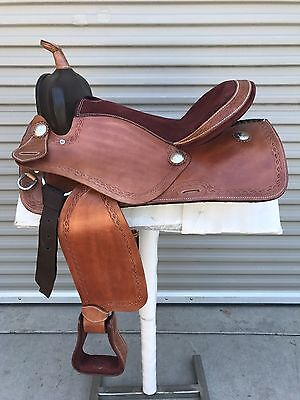 """17"""" Natural Leather Western Pleasure Trail Saddle W/Barbwire Design MUST SEE!!"""