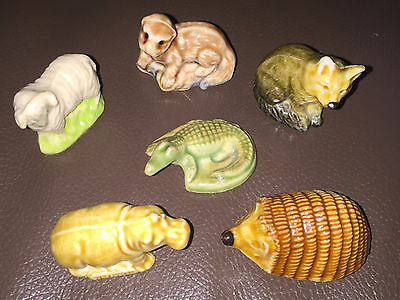 6 Wade Whimsie England Collectable Figure Hedgehog Otter Hippo Aligator Ram Wolf