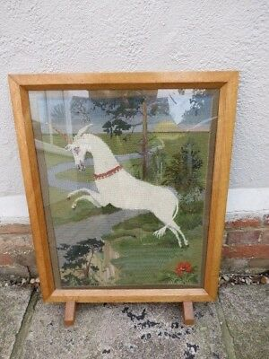 Lovely Vintage Solid Oak Framed And Glazed Tapestry Unicorn Fire Screen