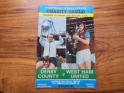 1975. Charity Shield Derby County v West Ham