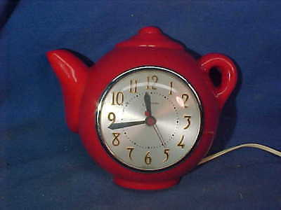 1930s RED TEAPOT Figural KITCHEN Electric WALL CLOCK by SESSIONS Works Good