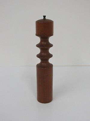 Danish Nissen Modern Quistgaard Denmark Dansk Salt and Pepper Mill Teak #9