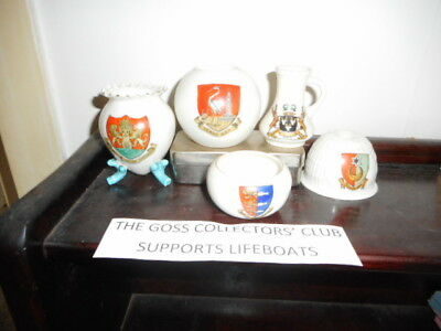 Collection of 5 items of Goss crested china - varied crests