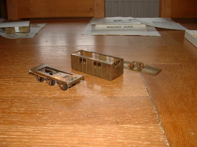 KIT BUILT MICRO RAIL KIT for a HR 6-WHEEL 20TON BRAKE VAN EM Gauge (Part Built)