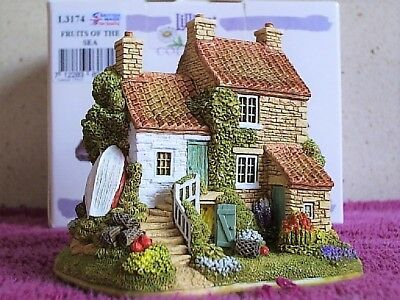 Lilliput Lane .. FRUITS OF THE SEA .. Collectors Club . RUNSWICK - NTH YORKSHIRE