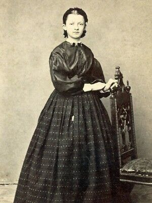 1860s CDV YOUNG LADY FROM A BOSTON AREA ALBUM