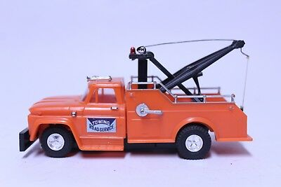Nice Vintage Ideal Motorific Trucks Road Service Wrecker Tow Truck