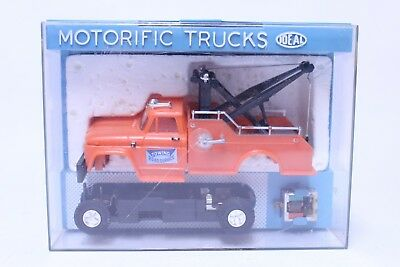 Nice Vintage Unused Ideal Motorific Trucks Thruway Service Tow Complete In Box