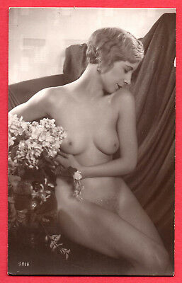 FRENCH NUDE:Unknown Publisher- Orig. Real Photographic postcard ca.1920