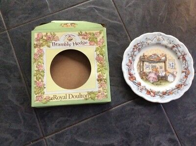 Brambly Hedge 1999 Year Plate Boxed 8 Inch Royal Doulton Signed Michael Doulton