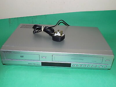 SAMSUNG DVD Player / Video Recorder VHS Combo DVD-V6700 Silver working order
