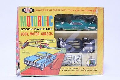 Nice Vintage Ideal Motorific Stock Car Pack Buick Riviera Pace Car Set W/ Box