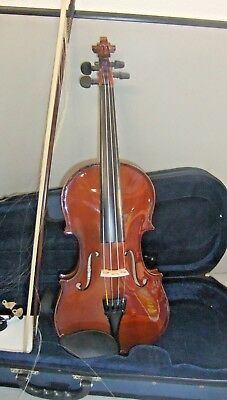 4/4 'Stringers' Violin With Bow, Chin Rest & Carry Case