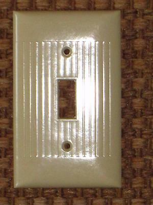 Vintage Mid Century BAKELITE Single Toggle Light Switch Plate Cover Lines