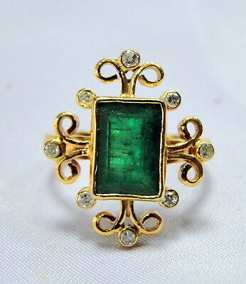18 K solid gold Columbian Emerald Diamond ring