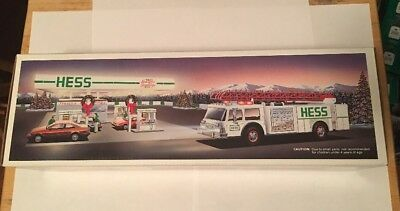 1989 Hess Toy Fire Truck Bank with box