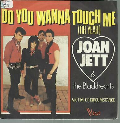 45 Tours  2 Titres / Joan  Jett    Do You Wanna Touch Me