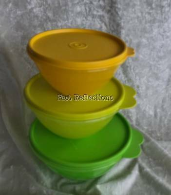 Tupperware Wonderlier Set Of 3 Mixing Bowls Egg Yellow Lime Parrot Green