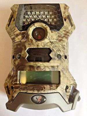 2415 Used Wildgame Innovations Vision 12 Game Trail IR Camera 12MP V12i14C