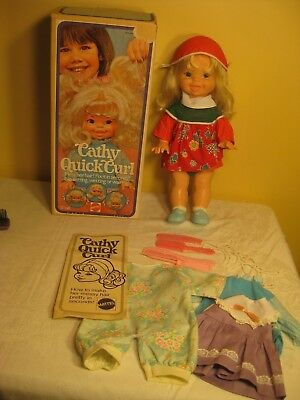 1974 vintage Cathy Quick Curl doll & box + extra clothes Mattel