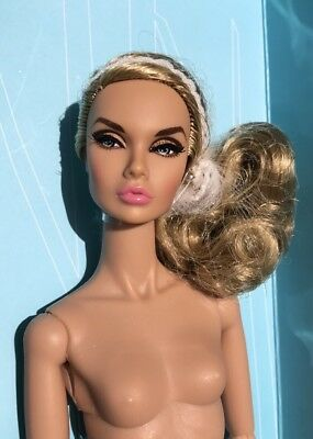 STYLE LAB Poppy Parker Ash Blonde 2017 Nude FR Integrity Convention