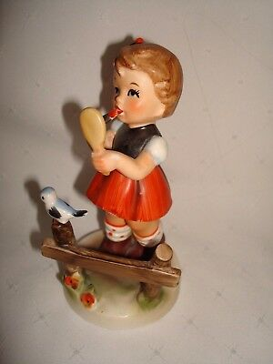 Vintage Gift Craft Japan German Style Figurine Girl With Lipstick & Mirror 6296