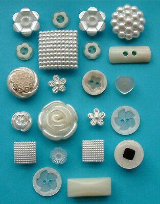 22 Vintage Cream & White Pearly Plastic Buttons, 14mm to 29mm