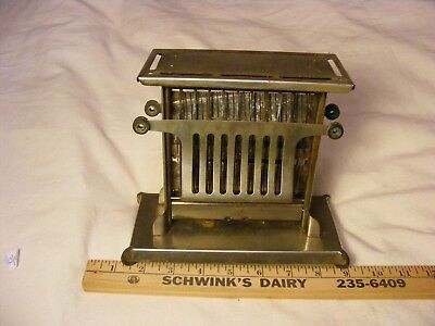 > vintage collectable , Landers , Frary & Clark , Universal , Toaster no reserve