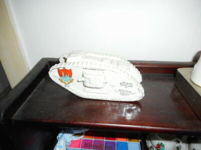 Porcelle crested China - WW1 Donner and Blitzen Tank - Wick Crest
