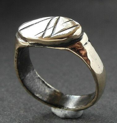 GENUINE ROMAN BRONZE DECORATED RING - wearable