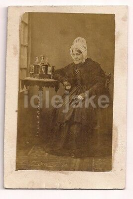 Old Lady with Cart-de-Visite Cad Cabinet Viewer Victorian CDV Photo c1860s