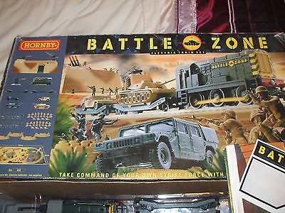 Hornby  T1501 Battle Zone Train Set