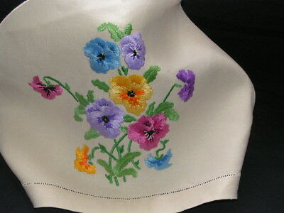 B'ful Vintage Richly Hand Embroidered Open & Budding Pansy Linen Tea Cosy Cover