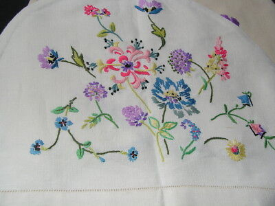 B'ful Vtg Linen Richly Hand Embroidered Spring Flower & Butterfly Tea Cosy Cover