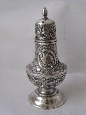 Pretty Antique Hand-Embossed Solid Sterling Silver Pepper Pot 1902/ H 9.2 cm