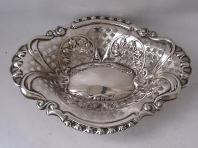 Pretty Antique Pierced Embossed Solid Sterling Silver Dish 1904/ L 14.6 cm