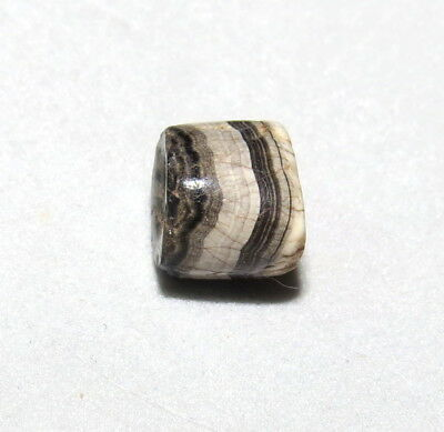 Ancient Sulumani Agate Bead RARE Middle East Sourced