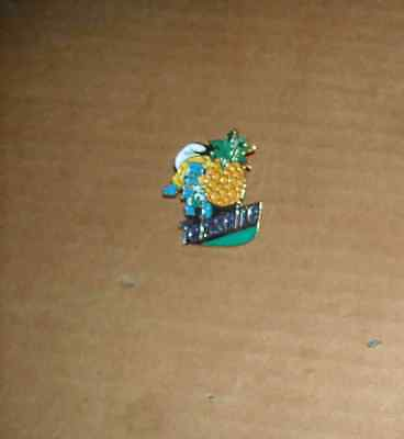 1 Pin's Pins Pin Schtroumpfette Teisseire 1993
