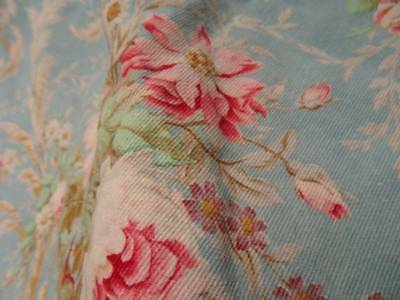 A Beautiful Large Curtain/Cushion Fabric Panel French Bouquet Of Roses (A)