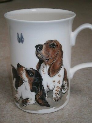 Superb Stylish Roy Kirkham Vintage Dog Lovers Mug Showing 4 Cute Basset Hounds