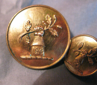 L & Sm Antique Brass Livery Button - Acorn Branch Held By Forearm With Cross