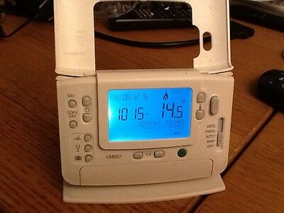 Honeywell CM927 / CM921 Wireless Thermostat LCD Repair Service * No Fix*. No Fee